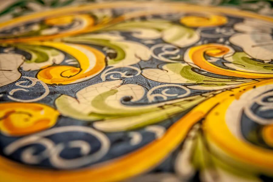 vietri-dettaglio-giallo